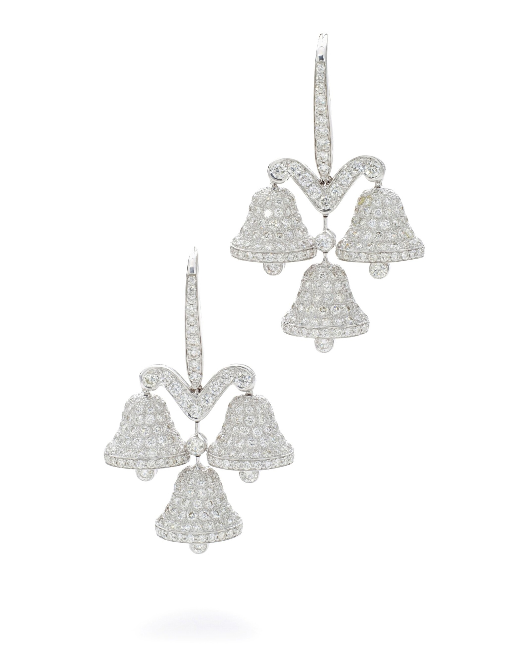 View full screen - View 1 of Lot 39. MICHELE DELLA VALLE | PAIR OF DIAMOND EARRINGS.