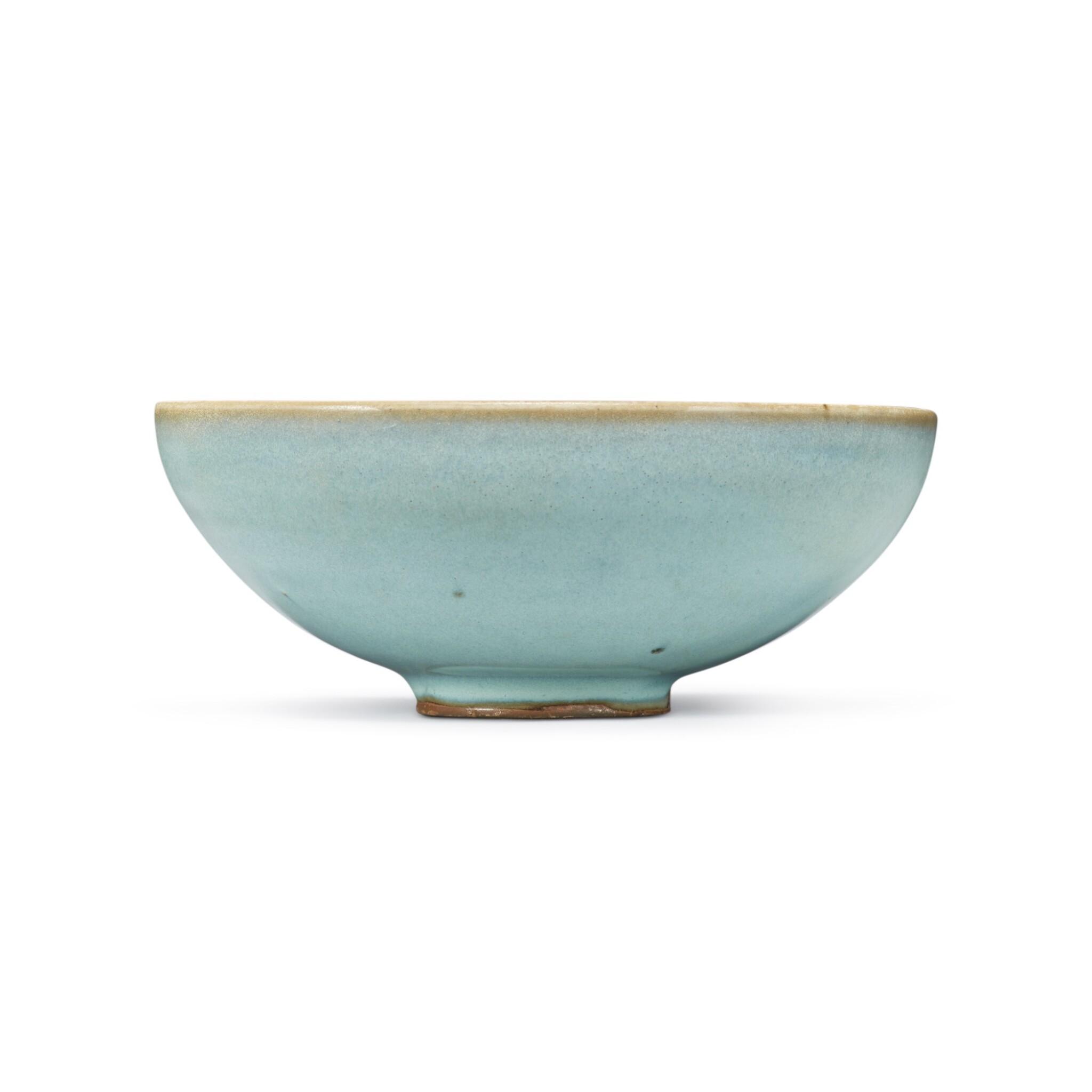 View full screen - View 1 of Lot 194. A sky-blue glazed 'Jun' bowl, Jin dynasty | 金 鈞窰天藍釉盌.