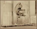 "ELLI SERAIDARI (NELLY'S) | ATHÈNES - ""NICOLSCA"" DANSANT DANS LE PARTHENON, 1929"