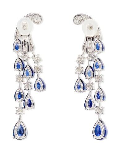 View 4. Thumbnail of Lot 1065. Pair of Sapphire and Diamond Earrings | 格拉夫| 藍寶石 配 鑽石 耳墜一對 (藍寶石及鑽石共重約14.00及3.80克拉).