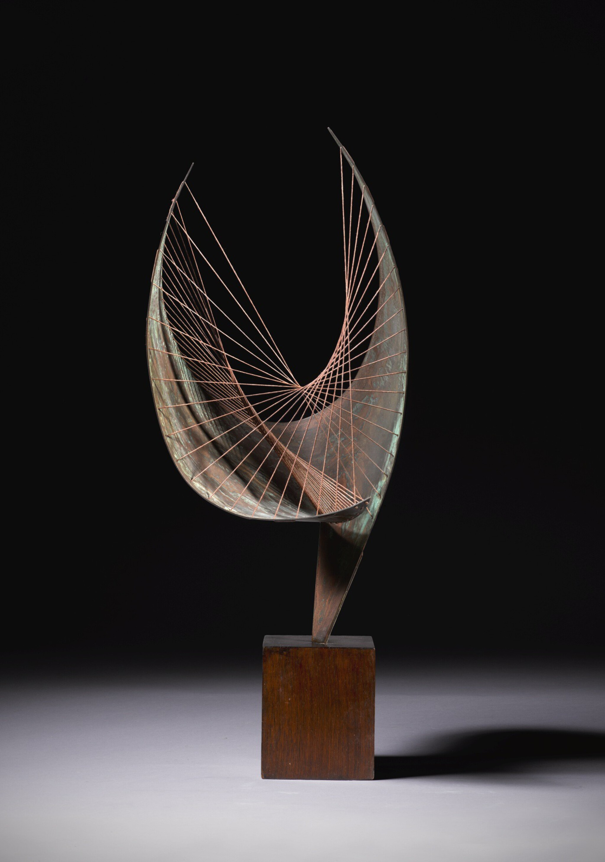 View full screen - View 1 of Lot 9. DAME BARBARA HEPWORTH  |  ORPHEUS (MAQUETTE I).