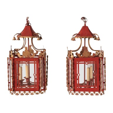 A PAIR OF SCARLET AND GILT TOLE HALL LANTERNS, MODERN