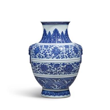 View 3. Thumbnail of Lot 77. A fine blue and white 'floral' vase, Seal mark and period of Qianlong | 清乾隆 青花纏枝花卉紋鋪首耳尊 《大清乾隆年製》款.