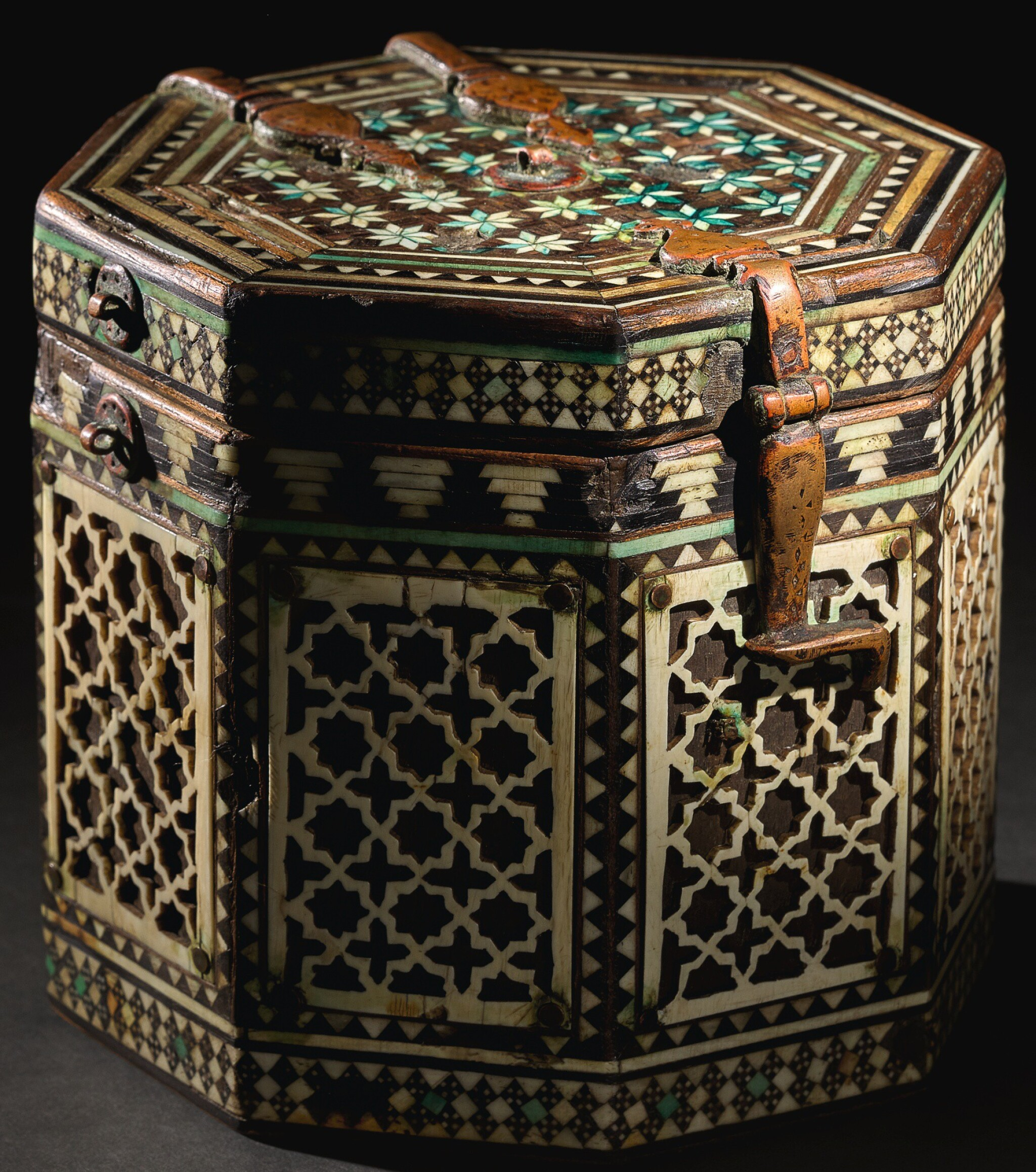 View full screen - View 1 of Lot 87. AN EXTREMELY RARE AND IMPORTANT ALMOHAD OR NASRID PYXIS, SPAIN, 12TH/13TH CENTURY.