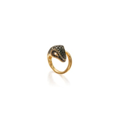 BLACK DIAMOND AND DIAMOND RING