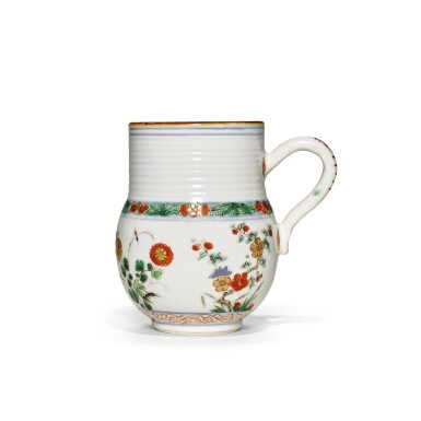 A FAMILLE-VERTE TANKARD | QING DYNASTY, KANGXI PERIOD