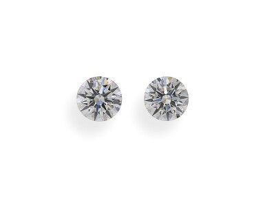 A Pair of 0.61 and 0.60 Carat Round Diamonds, D and E Color, VS2 Clarity