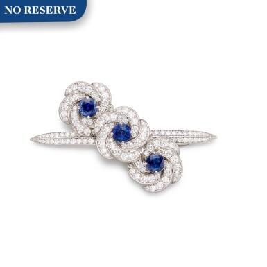 View 1. Thumbnail of Lot 1040. 'Triple Swirl', Sapphire and Diamond Hair Slide | 格拉夫| 'Triple Swirl' 藍寶石 配 鑽石 髮飾 (藍寶石及鑽石共重約3.70及4.40克拉).