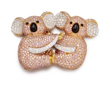 View 1. Thumbnail of Lot 1075. Coloured Diamond and Diamond Brooch | 格拉夫| 彩色鑽石 配 鑽石 胸針 (彩色鑽石及鑽石共重約19.30及3.40克拉).
