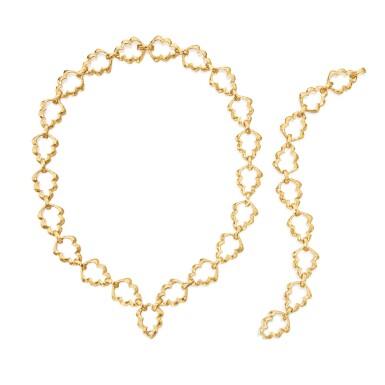 View 2. Thumbnail of Lot 39. Gold Necklace.