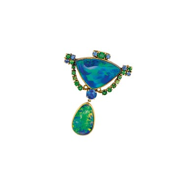 View 2. Thumbnail of Lot 411. BLACK OPAL, SAPPHIRE AND DEMANTOID BROOCH, TIFFANY & CO., DESIGNED BY LOUIS COMFORT TIFFANY | 黑色蛋白石配藍寶石及翠榴石別針,蒂芙尼.