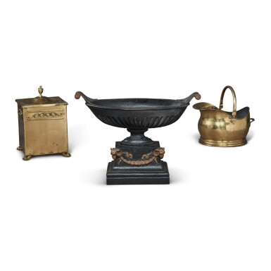 A VICTORIAN CAST IRON COAL GRATE, A BRASS COAL SCUTTLE, AND A BRASS COVERED TWO-HANDLED BOX, LATE 19TH/EARLY 20TH CENTURY