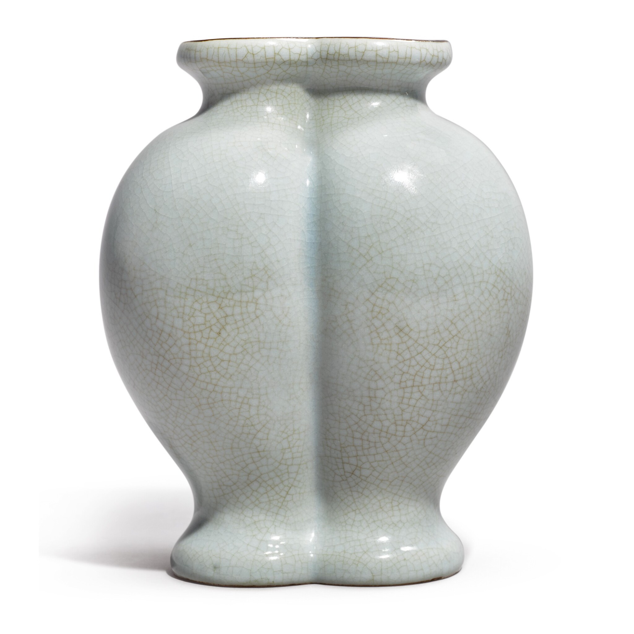 View full screen - View 1 of Lot 531. AN EXCEPTIONALLY RARE RU-TYPE CONJOINED DOUBLE-VASE,  QIANLONG SEAL MARK AND PERIOD .