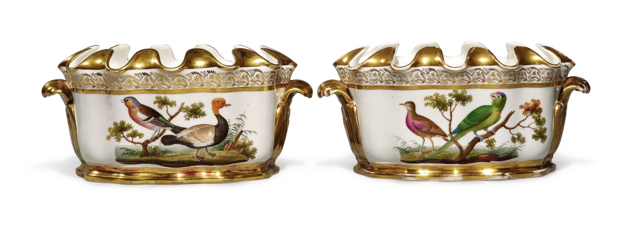 View full screen - View 1 of Lot 271. A PAIR OF PARIS PORCELAIN NAPLES-DECORATED ORNITHOLOGICAL-SUBJECT MONTEITHS, CIRCA 1820.