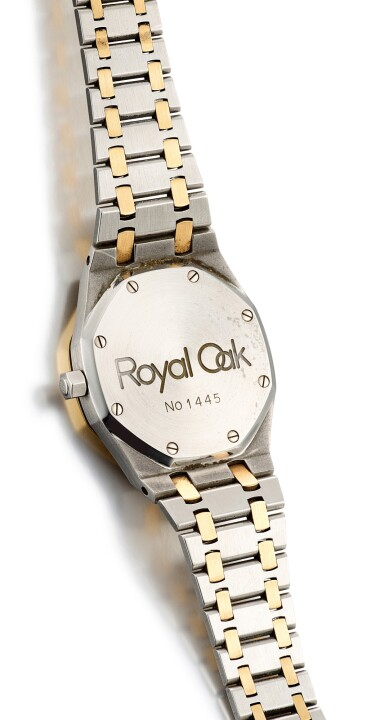 View 3. Thumbnail of Lot 8195. AUDEMARS PIGUET   ROYAL OAK, REFERENCE 25594SA, A YELLOW GOLD AND STAINLESS STEEL WRISTWATCH WITH DAY, DATE AND BRACELET, 1990.