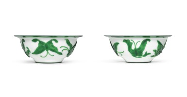 A PAIR OF GREEN-OVERLAY WHITE GLASS BOWLS | QING DYNASTY, 19TH CENTURY [TWO ITEMS]