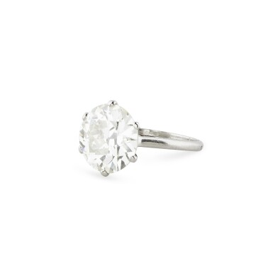 View 2. Thumbnail of Lot 16. BAGUE DIAMANT | DIAMOND RING.