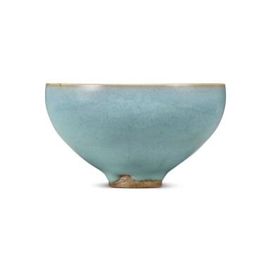 View 4. Thumbnail of Lot 193. A 'Jun' deep bowl, Northern Song / Jin dynasty | 北宋 / 金 鈞窰天藍釉盌.