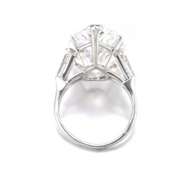 View 3. Thumbnail of Lot 202. HARRY WINSTON [海瑞溫斯頓] | IMPORTANT DIAMOND RING, CIRCA 1970 [重要鑽石戒指,約1970年].