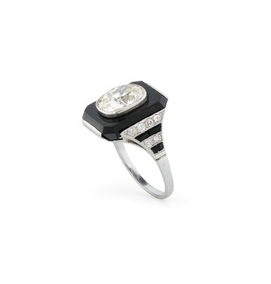 View 3. Thumbnail of Lot 20. Bague onyx et diamant | Onyx and diamond ring.