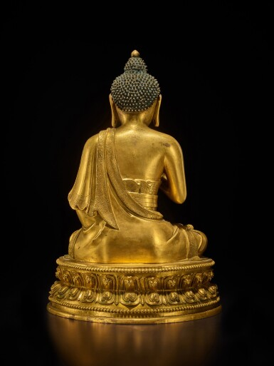 View 4. Thumbnail of Lot 60. A large gilt-bronze figure of Dipankara Buddha, Qing dynasty, Kangxi period | 清康熙 銅鎏金燃燈佛坐像.