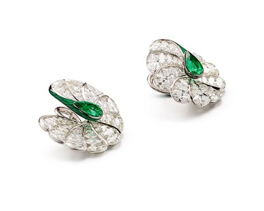 View 2. Thumbnail of Lot 1742. FORMS | PAIR OF EMERALD, DIAMOND AND ENAMEL EARRINGS | FORMS |「哥倫比亞」祖母綠 配 鑽石 及 琺琅彩 耳環一對.