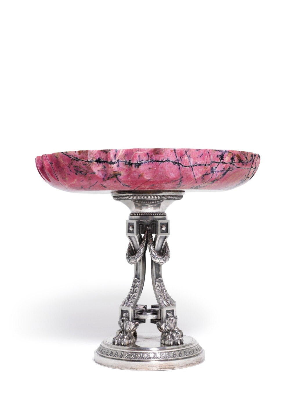 A LARGE FABERGÉ SILVER-MOUNTED RHODONITE TAZZA, MOSCOW, 1908-1917