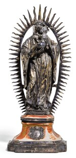 A CONTINENTAL SILVER MADONNA AND CHILD GROUP, SOUTH GERMAN OR ITALIAN, CIRCA 1700