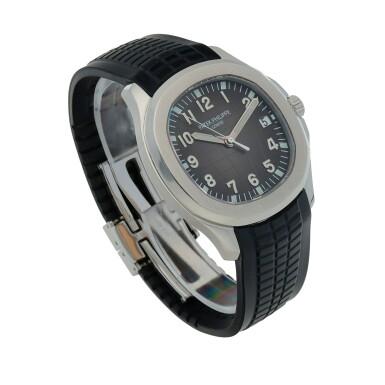 View 3. Thumbnail of Lot 401. Aquanaut, Ref. 5167A Stainless steel wristwatch with date Circa 2018 | 百達翡麗 5167A型號「Aquanaut」精鋼腕錶備日期顯示,年份約2018.