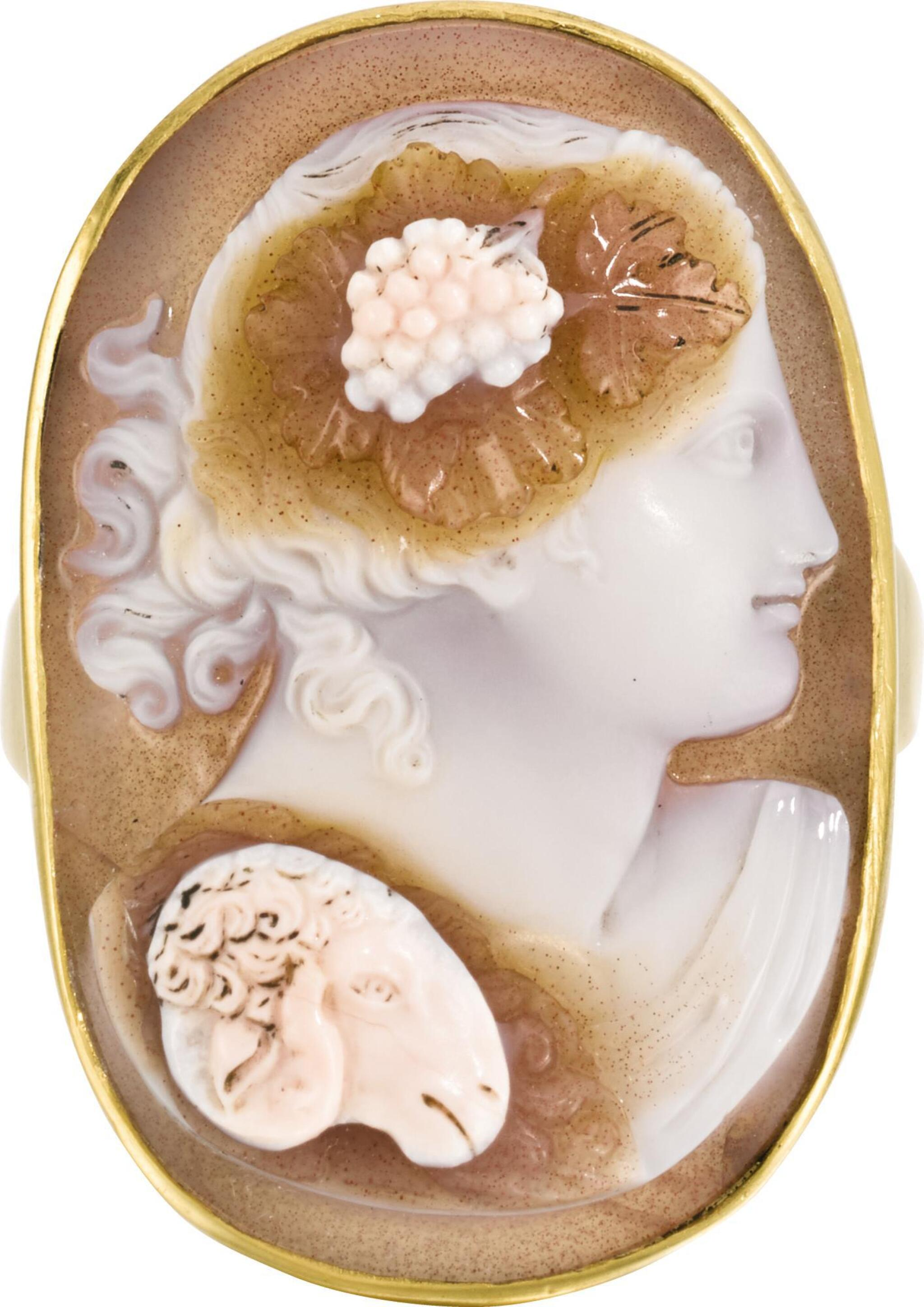 View full screen - View 1 of Lot 112. ITALIAN, EARLY 19TH CENTURY | CAMEO WITH BACCHUS.