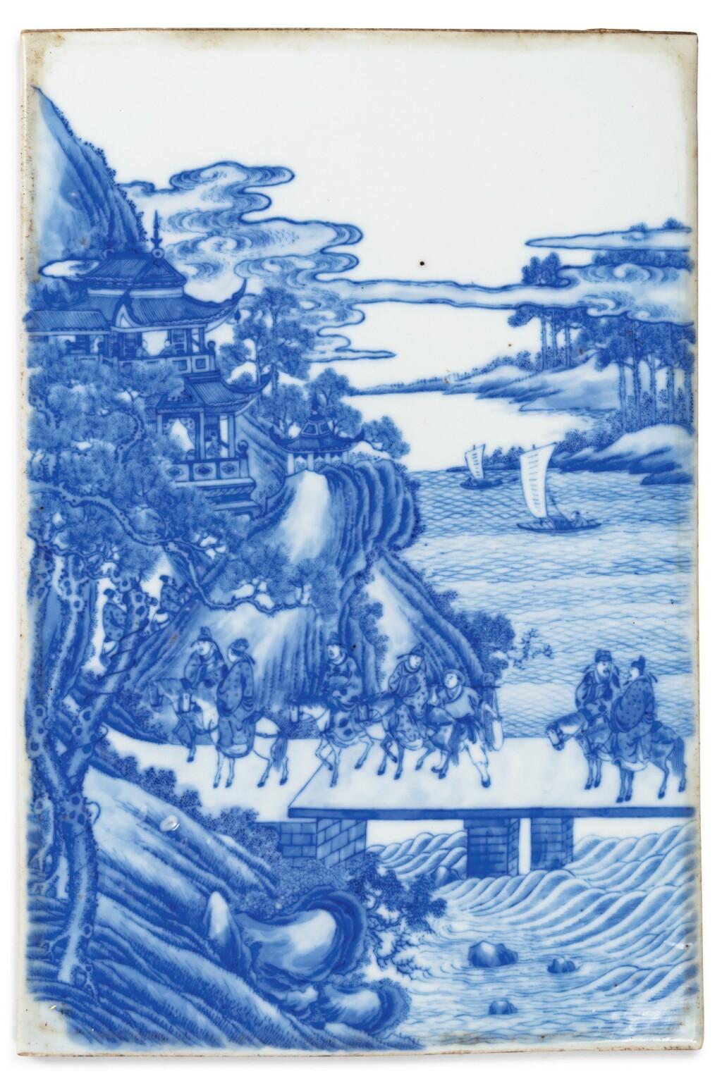 PLAQUE EN PORCELAINE BLEU BLANC | 青花人物故事圖瓷板 | A blue and white porcelain 'landscape' plaque