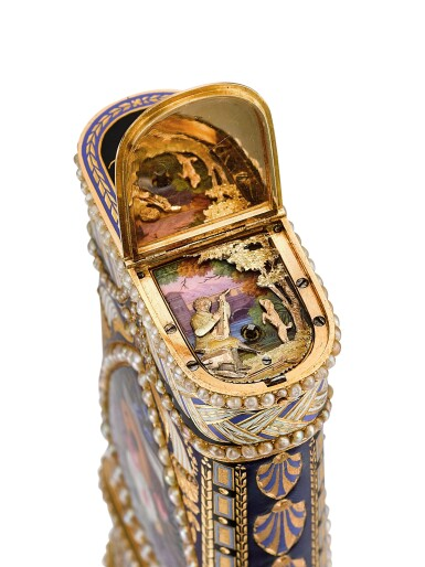 View 3. Thumbnail of Lot 2230. An exceptional and large gold, enamel and pearl-set etui de voyage with watch, music and automaton, including a pair of gold mounted scissors, a gold and enamel knife, a gold and enamel perfume vial, a gold and enamel key, a gold and enamel cuticle stick, a gold and enamel awl and associated fitted presentation box, Made for the Chinese market and retailed by P. Orr, Circa 1800 | 瑞士製 | 知名藏家的永恆典範 | 非常精美及特大金及琺瑯鑲珍珠工具盒,具有時計、音樂及活動人偶,內含鑲金剪刀、金琺瑯小刀、香水瓶、鑰匙、指甲修護棒與錐子,備收納盒,為中國市場而製及由 P. Orr 發行,約1800年製.
