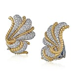 VERDURA | PAIR OF GOLD AND DIAMOND EARCLIPS