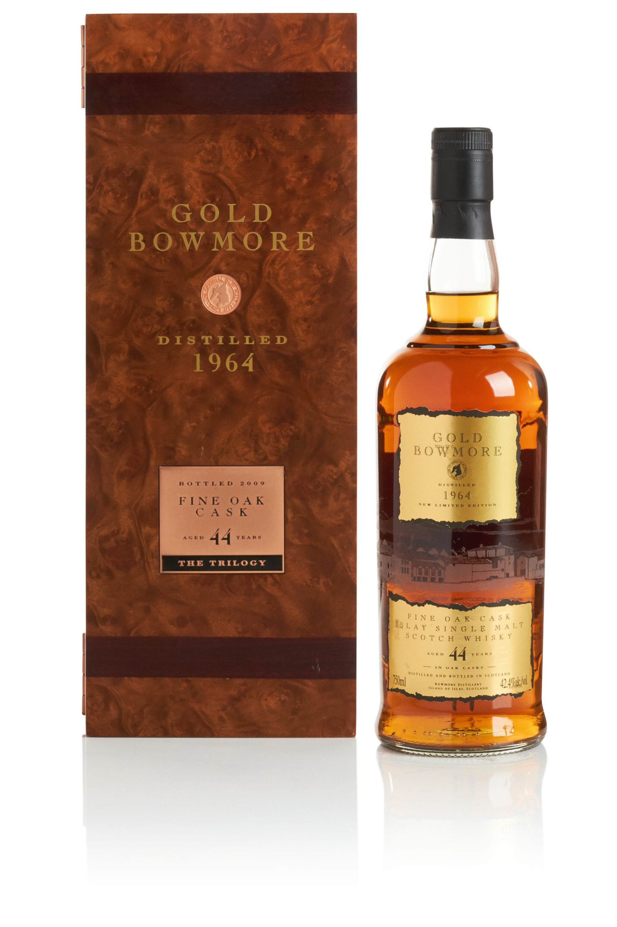 View full screen - View 1 of Lot 318. BOWMORE GOLD FINE OAK CASK 44 YEAR OLD 42.4 ABV 1964  .