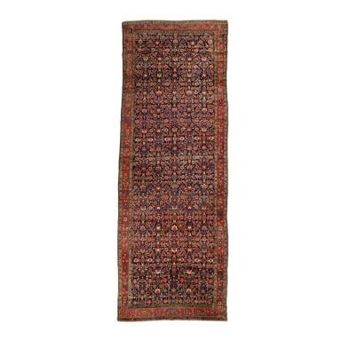 A FARAGHAN CORRIDOR CARPET, WEST PERSIA, CIRCA 1920