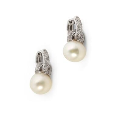 Pair of cultured pearl and diamond earrings [Paire de boucles d'oreille perles de culture et diamants]