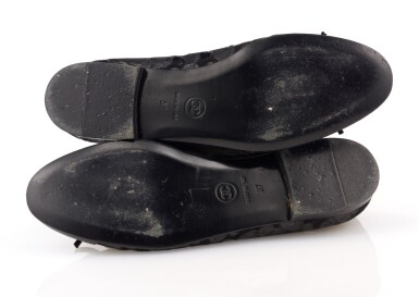 PAIR OF BLACK PATENT LEATHER FLATS, CHANEL