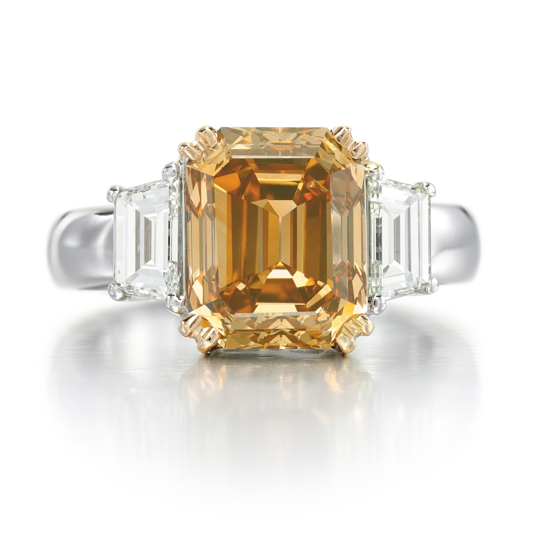 View full screen - View 1 of Lot 10. FANCY BROWN-ORANGE DIAMOND AND DIAMOND RING.