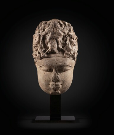 View 3. Thumbnail of Lot 243. A monumental buff sandstone head of a Devi North India, 9th-10th century | 印度北部 九至十世紀 砂岩雕提毗首.