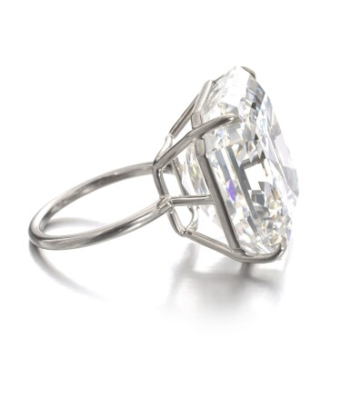 View 2. Thumbnail of Lot 122. Exceptional diamond ring | 鑽石戒指.