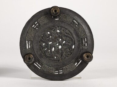 View 5. Thumbnail of Lot 51. A BRONZE ARCHAISTIC TRIPOD CENSER AND A MATCHED STAND   YUAN DYNASTY   元 銅繩耳獸足爐配底座.