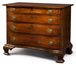 FINE CHIPPENDALE CARVED AND FIGURED CHERRYWOOD SERPENTINE-FRONT CHEST OF DRAWERS, CONNECTICUT, CIRCA 1770
