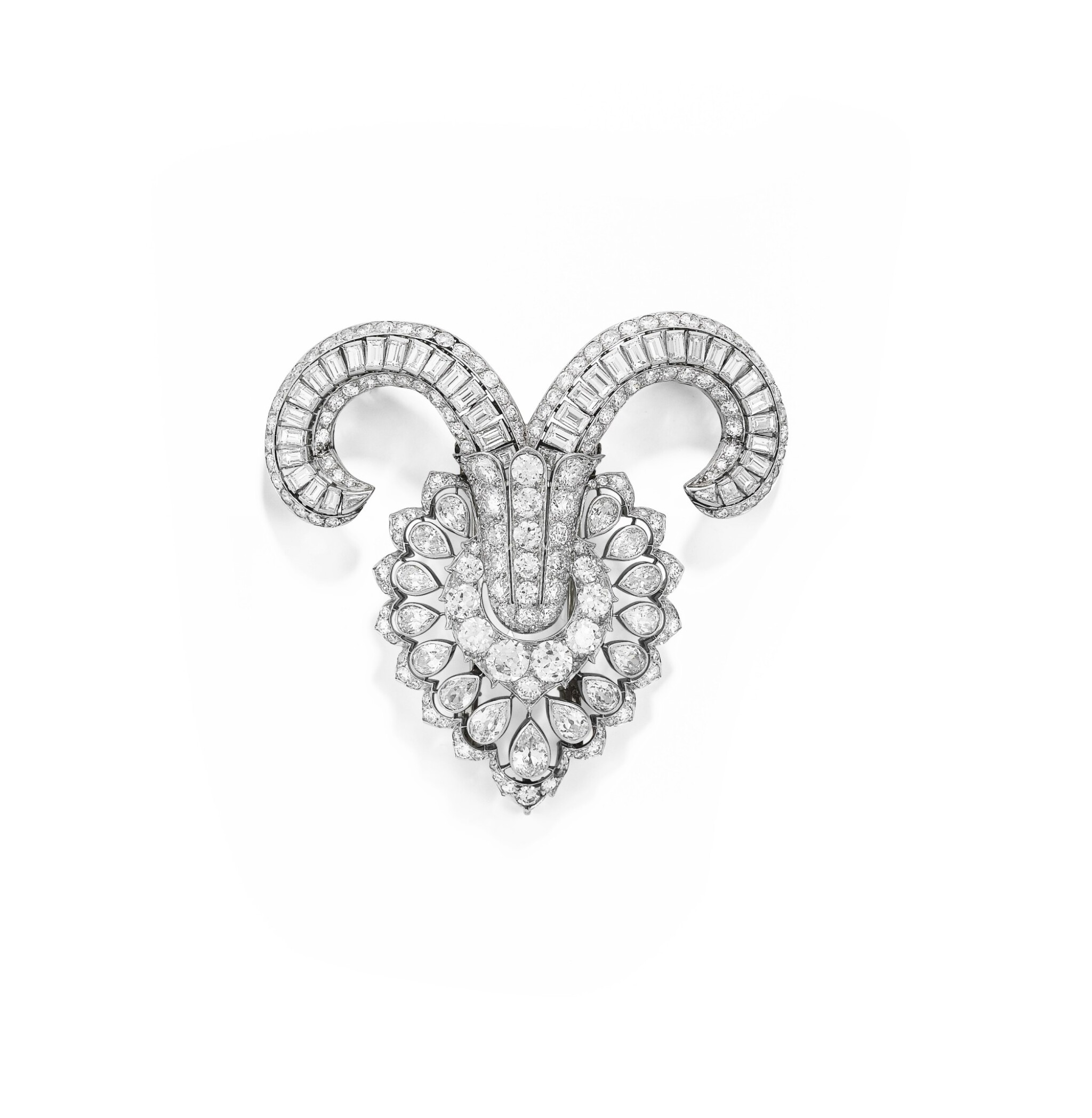 View full screen - View 1 of Lot 33. OSTERTAG | BROCHE DIAMANTS | DIAMOND BROOCH.
