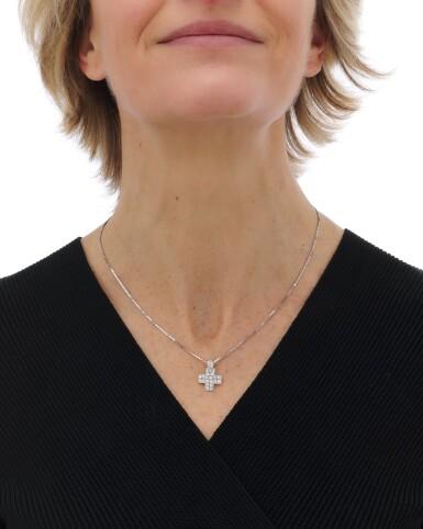 View 5. Thumbnail of Lot 131. Diamond pendant-necklace (Collana con pendente in diamanti).