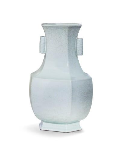 View 3. Thumbnail of Lot 58. An exceptional 'guan'-type archaistic hexagonal vase Seal mark and period of Yongzheng   清雍正 仿官窰天青釉六方貫耳尊《大清雍正年製》款.