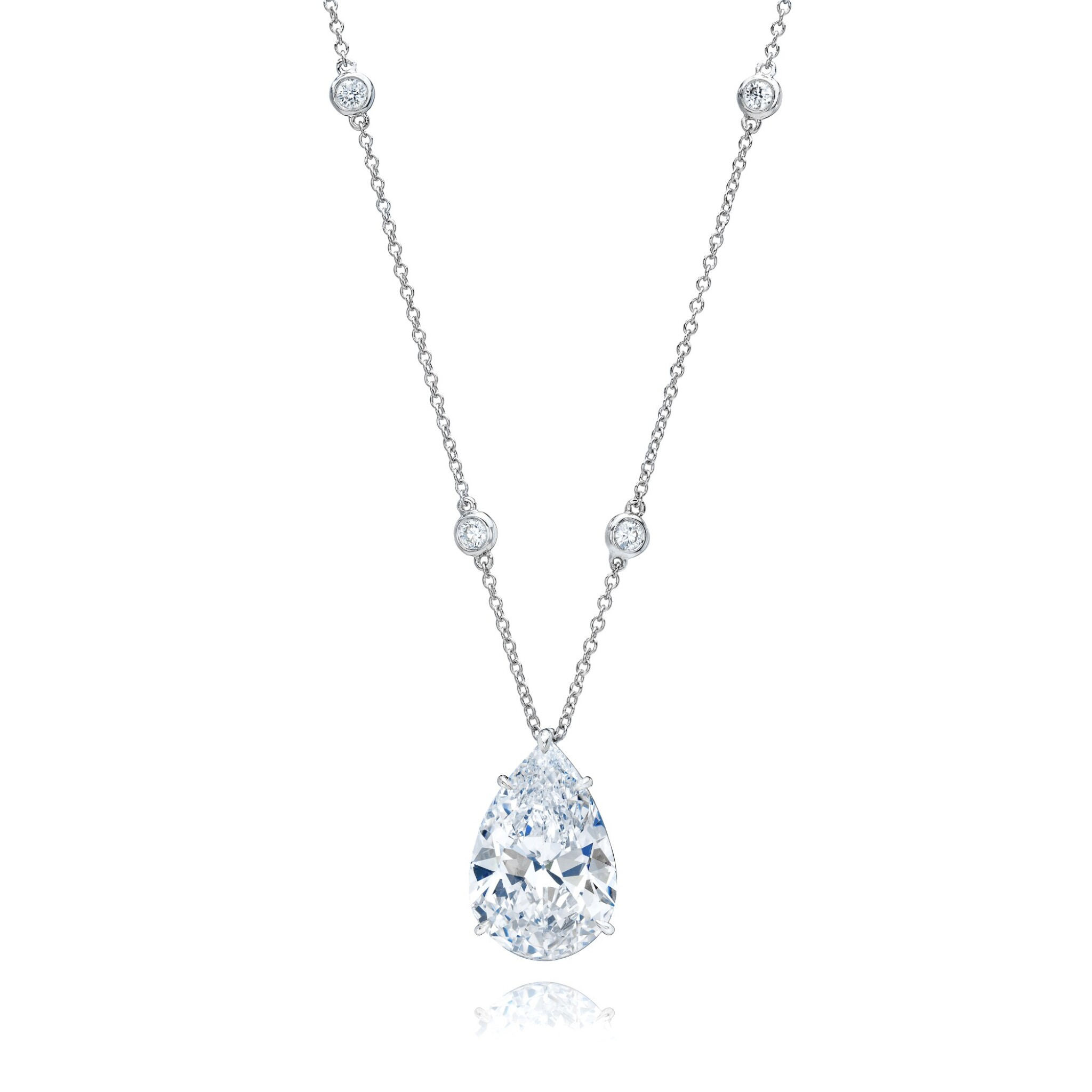 View full screen - View 1 of Lot 10. Diamond Pendant-Necklace.