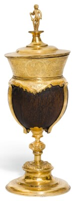 A CONTINENTAL GILT-COPPER COCONUT CUP AND COVER, SWISS OR SOUTH GERMAN, LATE 16TH CENTURY
