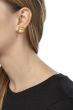 PAIR OF CULTURED PEARL EARCLIPS AND CULTURED PEARL AND DIAMOND NECKLACE, HENRY DUNAY