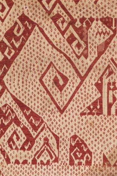 """View 4. Thumbnail of Lot 4. Deux tissus cérémoniels """"à jonques"""" tampan, Lampung, Sumatra, Indonésie, début du 20e siècle   Two ceremonial """"ship clothes"""" tampan, Lampung, Sumatra, Indonesia, early 20th century."""