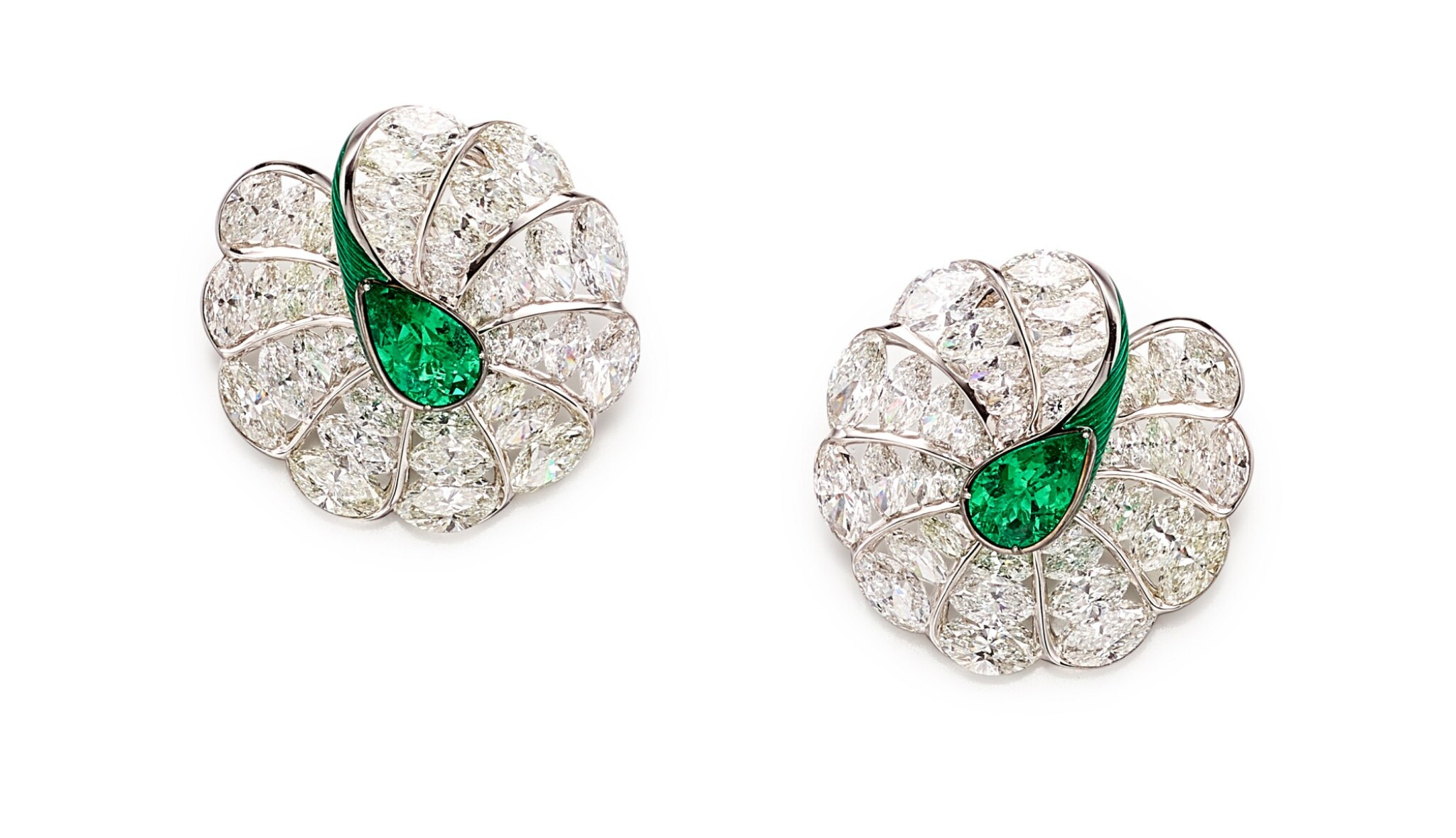 View 1 of Lot 1742. FORMS | PAIR OF EMERALD, DIAMOND AND ENAMEL EARRINGS | FORMS |「哥倫比亞」祖母綠 配 鑽石 及 琺琅彩 耳環一對.